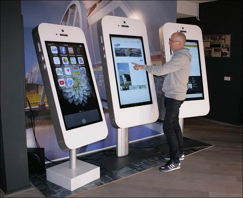 giant iphone and ipad rental for events